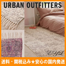 Urban Outfitters(アーバンアウトフィッターズ) ラグ・マット・カーペット 送料/関税込み☆URBAN OUTFFITERS★プリントラグ(91.5×152.5)