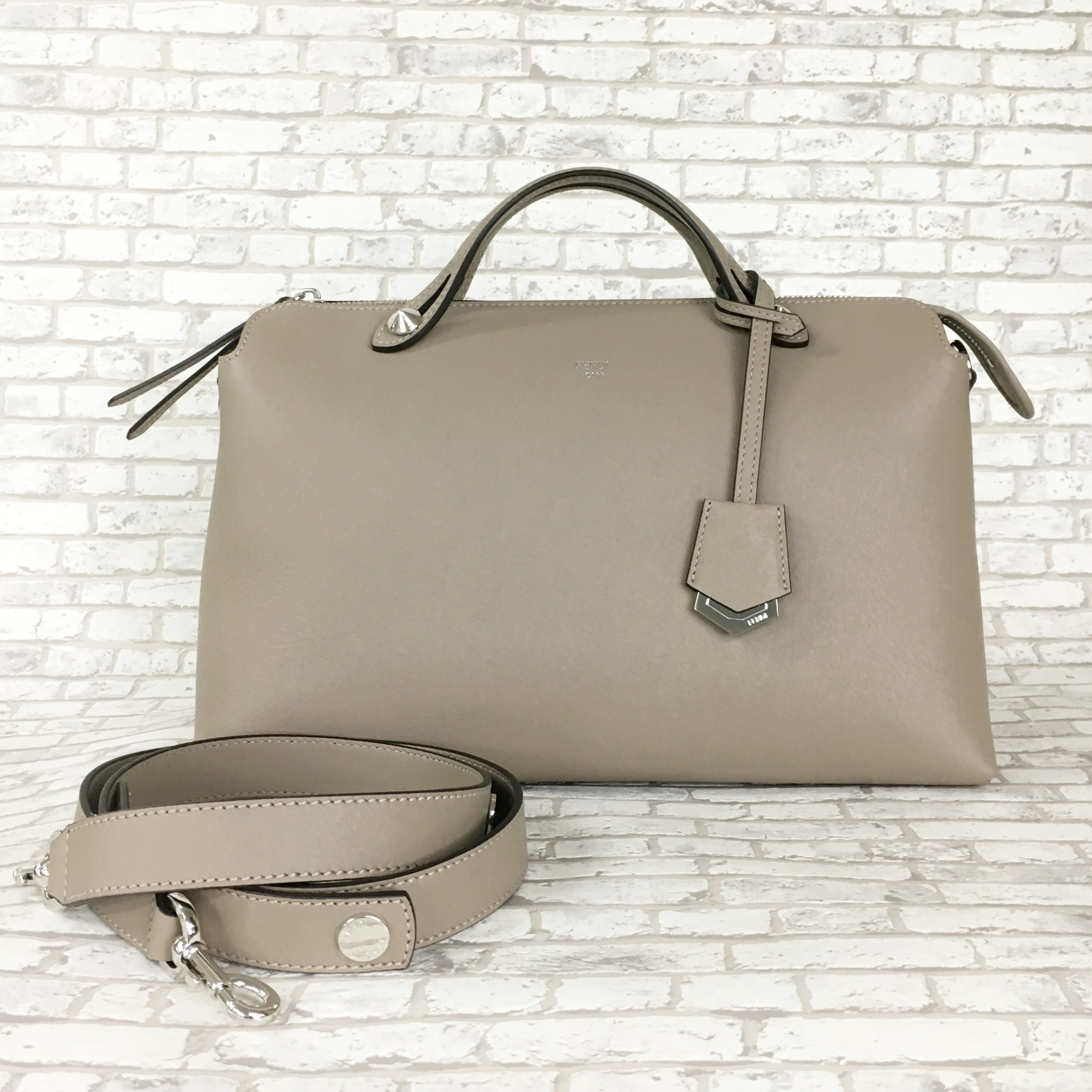 【FENDI】BY THE WAY/LARGE ★ Dove grey