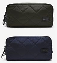 送料関税込!2017SS新作 MONCLER  Zip  Quilted Wash Bag