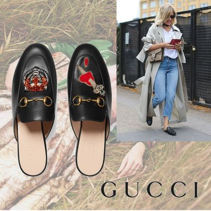 GUCCI Appliques Princetown Leather Slipper
