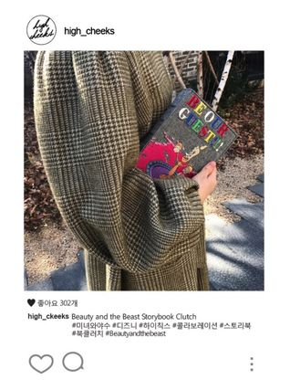HIGH CHEEKS クラッチバッグ [Disney│highcheeks] Be Our Guest Storybook Clutch 国内発(10)