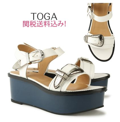 17th SS's TOGA platform leather Sandals white