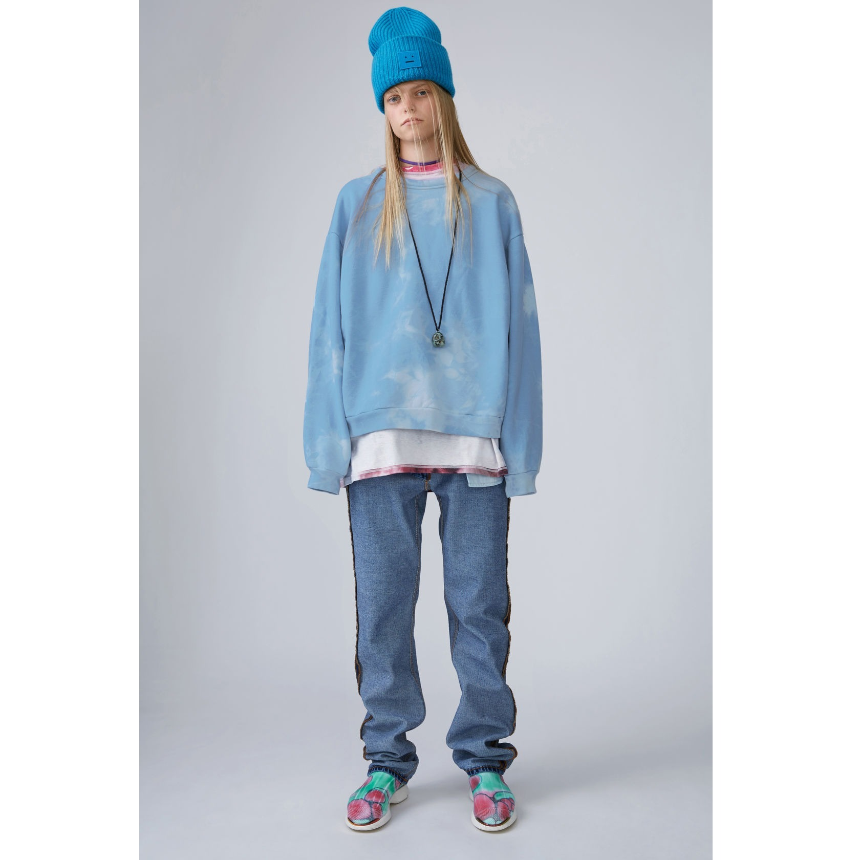 [Acne] Yana Fint Bear sky blue bleach ベアブリーチスウェット