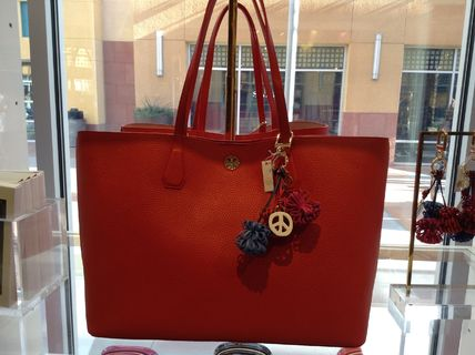 Tory Burch トートバッグ セール!! Tory Burch PERRY TOTE 3カラー(17)