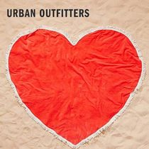 Urban Outfitters(アーバンアウトフィッターズ) タオル 【国内発送】Urban Outfitters★ハート型 ビーチタオル
