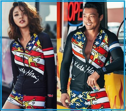 STL a couple together buy a rash guard two sets /