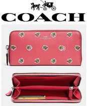 Coach(コーチ) 長財布 限定さくらんぼ柄がCUTE【 ACCORDION ZIP WALLET IN LEATHER】