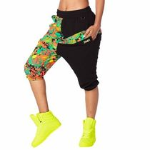 国内発送 ズンバ Queen Of The Jungle Harem Capri Pants Black