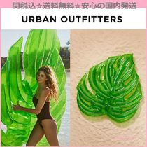 Urban Outfitters(アーバンアウトフィッターズ) うきわ 関送込☆国内発送☆Urban Outfitters☆リーフモチーフフロート