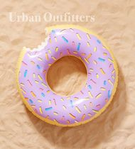 Urban Outfitters(アーバンアウトフィッターズ) うきわ アーバンアウトフィッターズ ビーチで大活躍♪ ドーナツ  うきわ