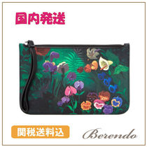 Marc by Marc Jacobs(マークバイマークジェイコブス) ポーチ SALE 国内発送 MBM x Disney コラボ The Roxy Garden Pouch