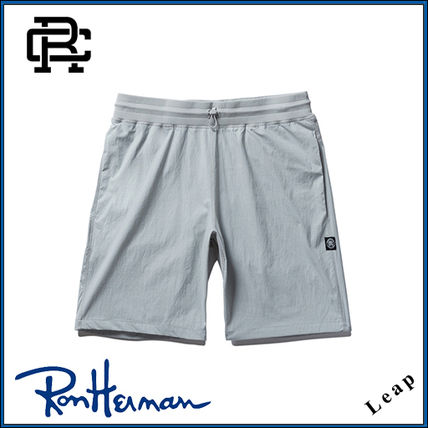 REIGNING CHAMP Ron Herman handled stretch shorts Grey
