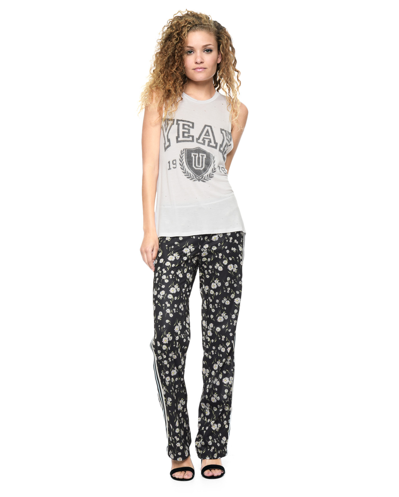 ★LA発 JUICY COUTURE YEAHプリント タンクトップ 送料無料★