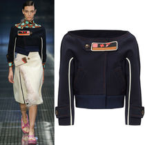 PR533 LOOK16 CROPPED JERSEY WRAP JACKET WITH PATCH