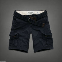 A&F Cargo Shorts 人気の NAVY
