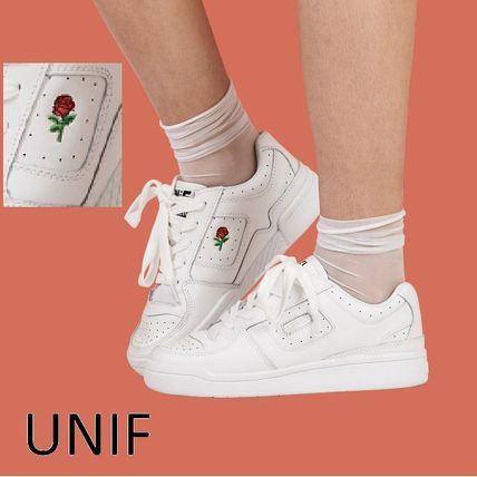 UNIF NORMAS white sneakers roses embroidered-