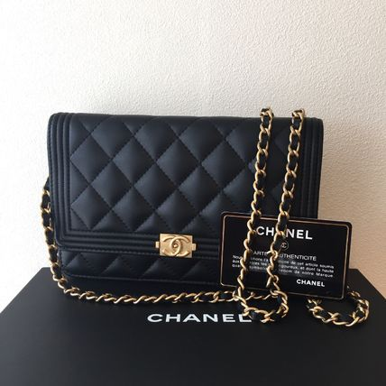 CHANEL boy Chanel chain wallet A80287