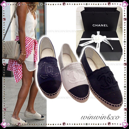 Super popular CHANEL espadrille