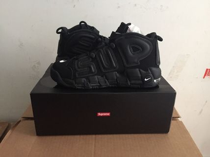 popular collaboration, Supreme×Nike More Uptempo 27.