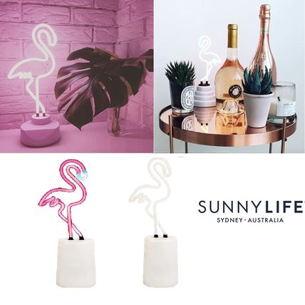 – AUS from SUNNYLIFE Flamingo neon light small