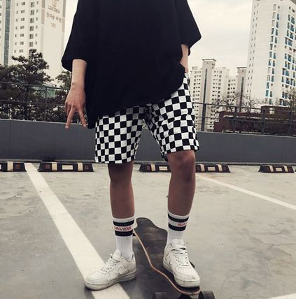 Checker pattern shorts