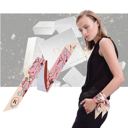 Dior * overseas trends wrist scarves * gifts