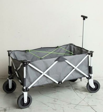 Another note arrows B & Y x Coleman outdoor wagon