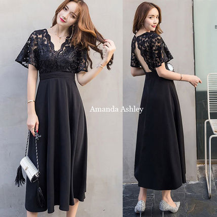 Bold design back perforated sheer lace top black long dress
