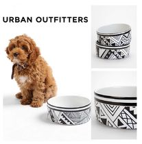 Urban Outfitters(アーバンアウトフィッターズ) フードボウル・えさ関連  Urban Outfitters☆ Kris Tate For DENY Pet Bowl Set☆