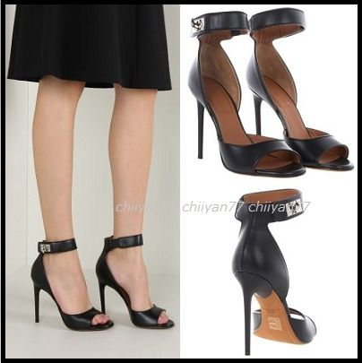 【GIVENCHY】Shark sandals/Blackパンプス【送料・関税込み★】