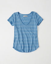 Abercrombie & Fitch Womens Relaxed V-Neck Tee