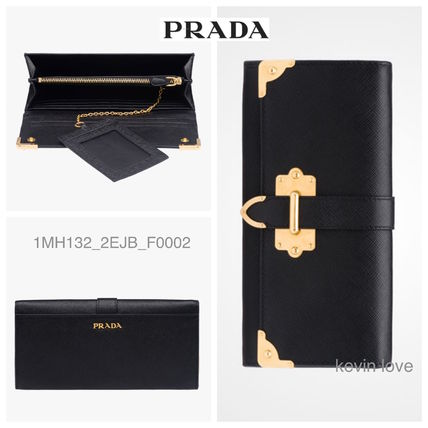 sold out PRADA Gold bracket is a point long wallet