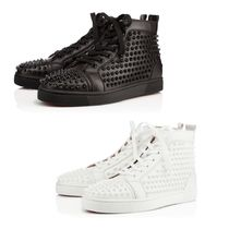 Louboutin ルブタン Louis スパイクスニーカー Calf/Spikes