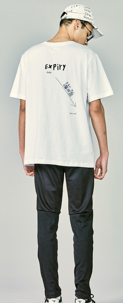 ★HEICH BLADE★BLADE DRAWING TEE(WHITE/BLACK) ★2色