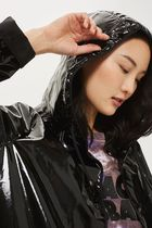 《ブラックでクール♪》☆TOPSHOP☆Vinyl Hooded Rain Mac
