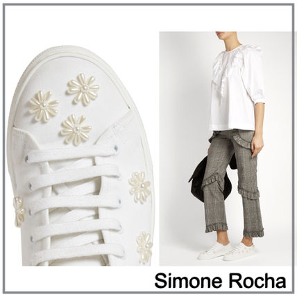 """2017 SS """"Simone Rocha"""" floral beading sneakers"""