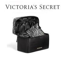 VS Travel Case and Matching Pouch 2点セット バニティ&ポーチ