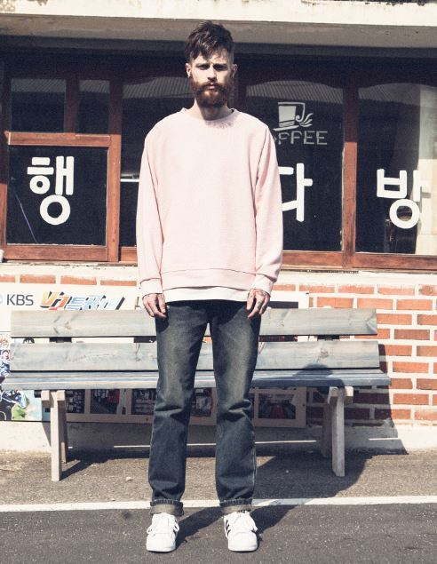 日本未入荷PUNCHLINEのlayered Incision SweatShirt 全3色