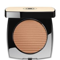 CHANEL   LES BEIGES HEALTHY GLOW LUMINOUS COLOUR