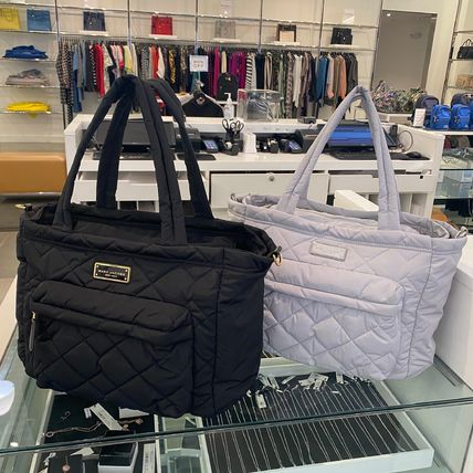 MARC JACOBS マザーズバッグ 新作!MARC JACOBS ナイロンマザーズバッグ オムツ替えシート付