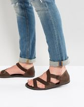 足元大事! 気持ちよく ASOS Sandals In Brown Leather With