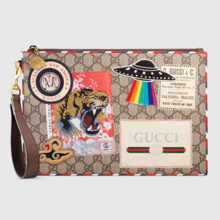 Shipping / embedded GUCCI Courrier GG Supreme clutch