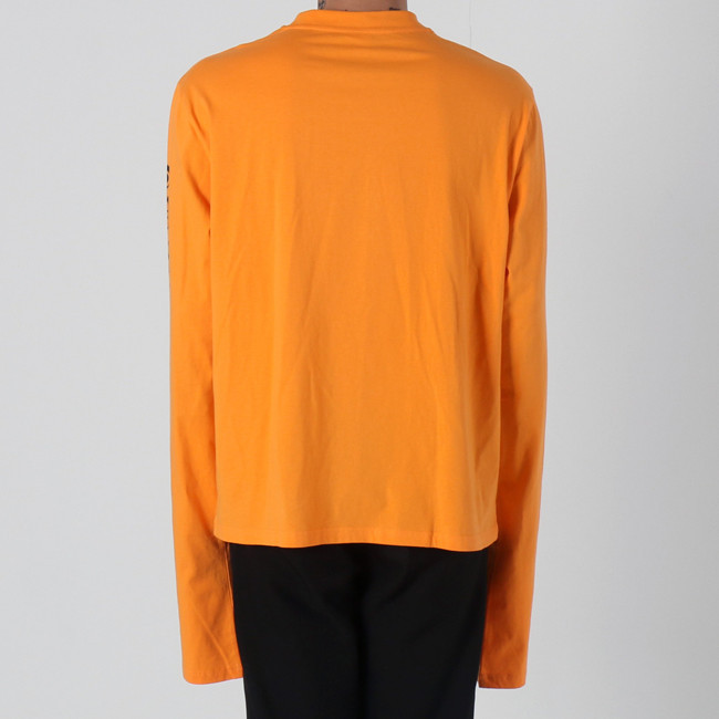 VETEMEMES ORANGE ELONGATED LONG SLEEVES 公認パロディー