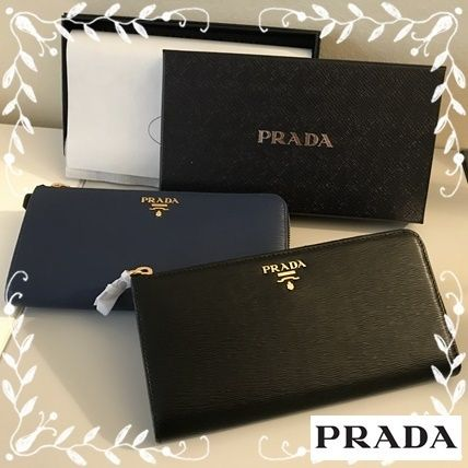 Handy to have Prada VITELLO MOVE L-shaped zip long wallet