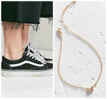 Urban Outfitters(アーバンアウトフィッターズ) アンクレット 期間限定セール【5/29まで】 Delicate Butterfly Anklet