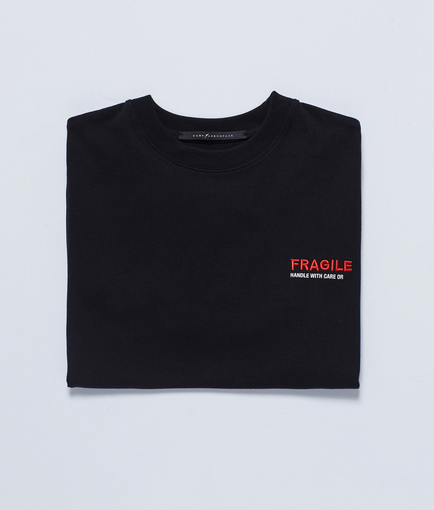 【人気Brand】★Studio Concrete★ EMBROIDERED LOGO T-SHIRT BK