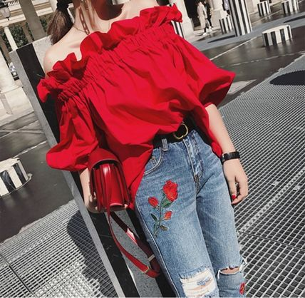Volume sleeves conscious blouse off shoulder