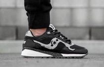 SAUCONY(サッカニー) スニーカー 【限定品】SAUCONY: Bait 'Cruel World 6' Shadow 5500 US9.5