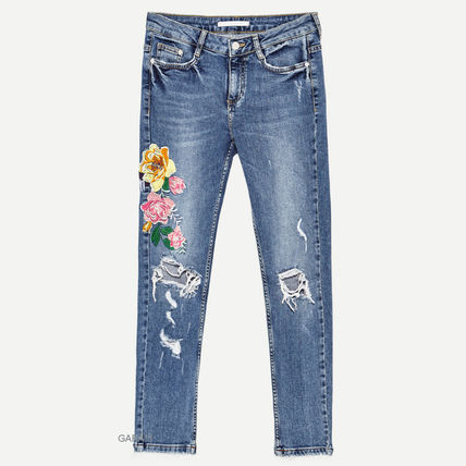 ●ZARA●CROPPED EMBROIDERED JEANS
