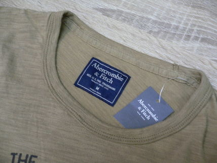 Abercrombie & Fitch Tシャツ・カットソー アバクロ 半袖Tシャツ 195-123-0902-099 A&F 正規店購入  (8298)(7)